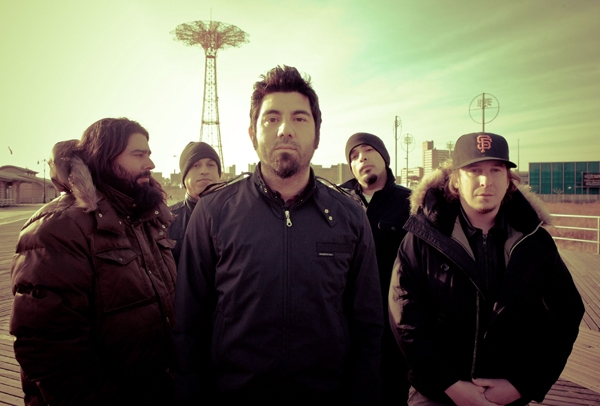 Why Independent Artists Can Learn From Deftones